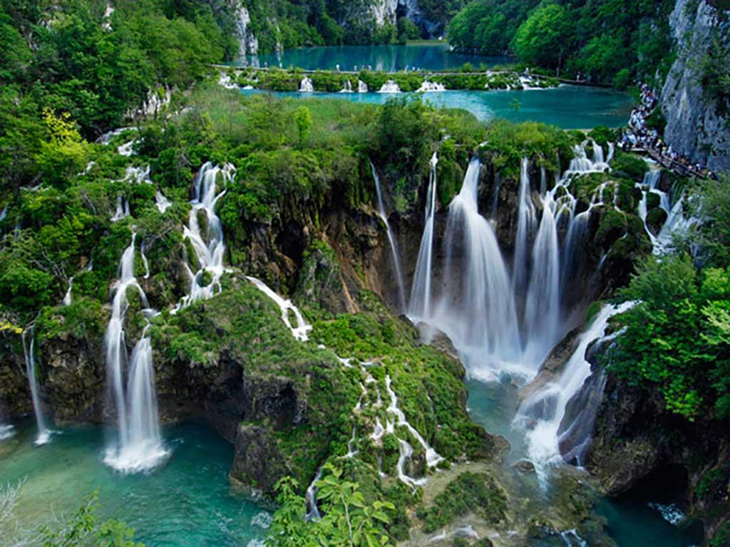 Les fabuleux lacs de Plitvice