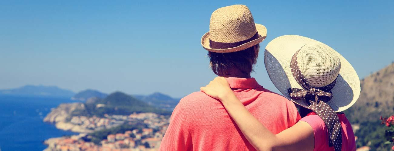 Couple admirant la vue de Dubrovnik