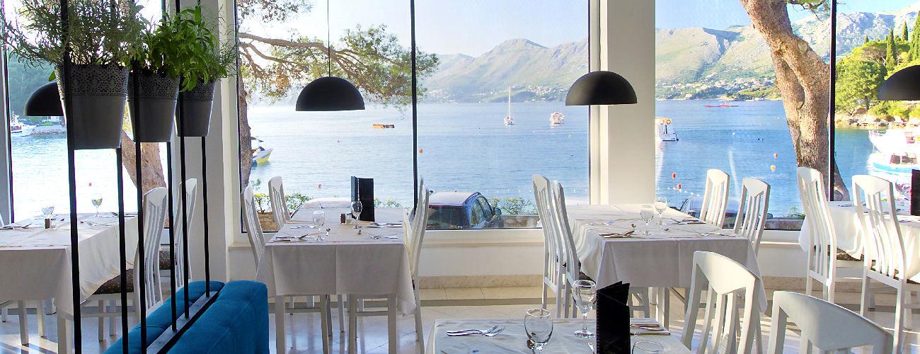 Restaurant à l'hôtel Cavtat 3*