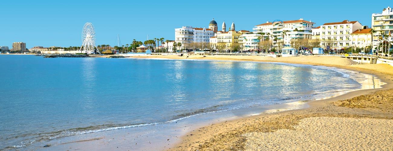 Résidence Vacances Bleues Le Méditerranée 3*, à Saint-Raphaël