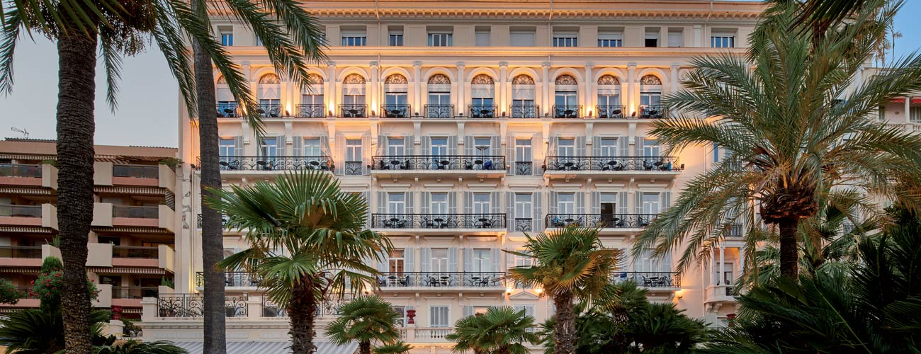 Hôtel Vacances Bleues Le Royal Westminster 3*, à Menton
