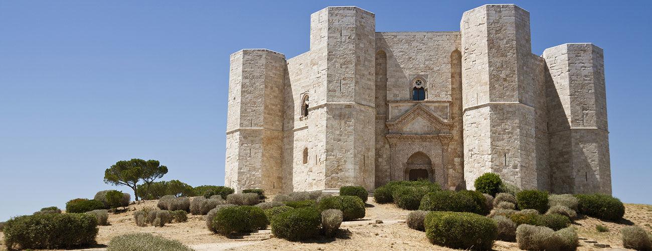 Castel del Monte dans les Pouilles, Italie