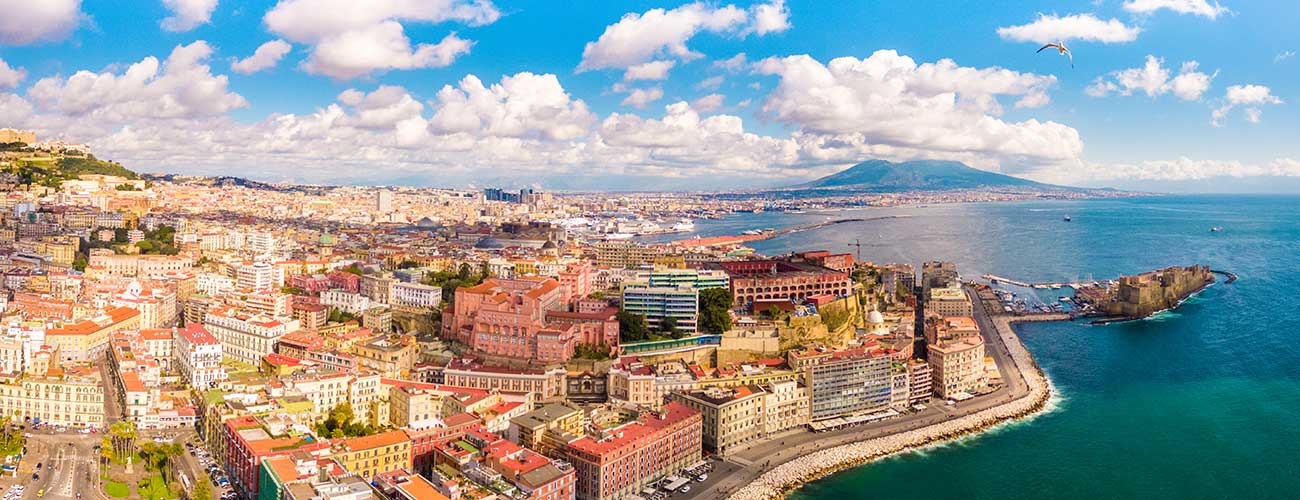 La baie de Naples et le Vésuve