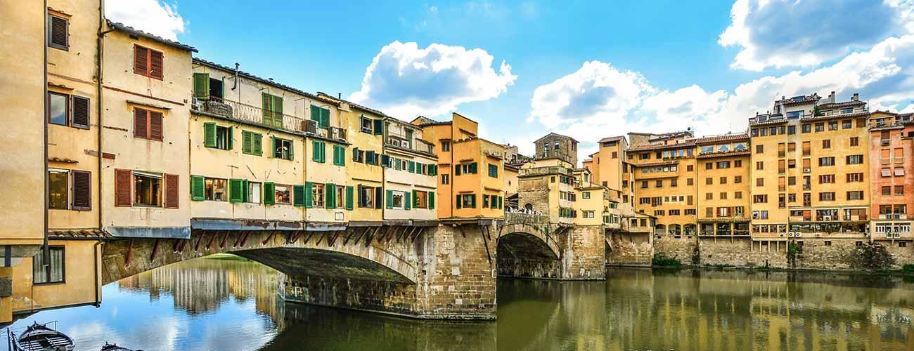Le célèbre Ponte Vecchio, à Florence